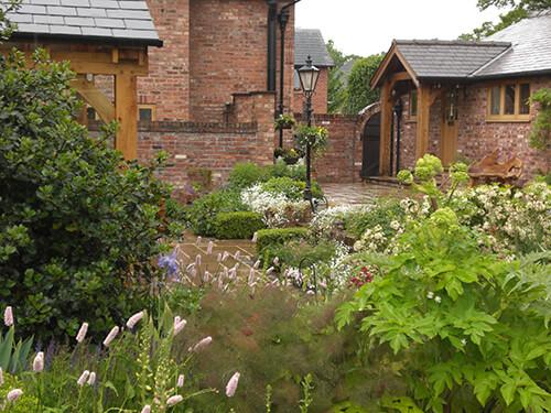 Large Private Garden - Plants