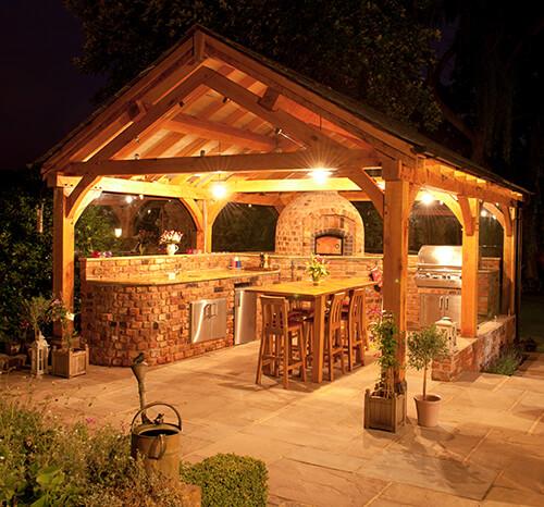 Outdoor Kitchen - Night Lights