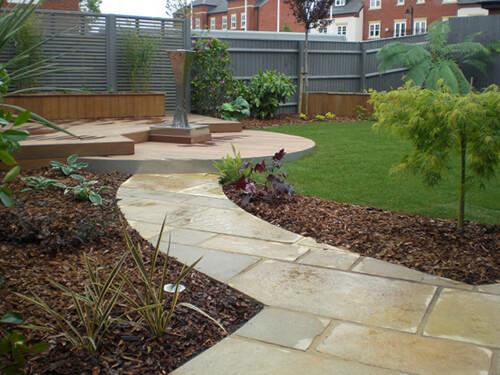 Contemporary Garden Chester - Ipe Hardwood Split Levels Decking