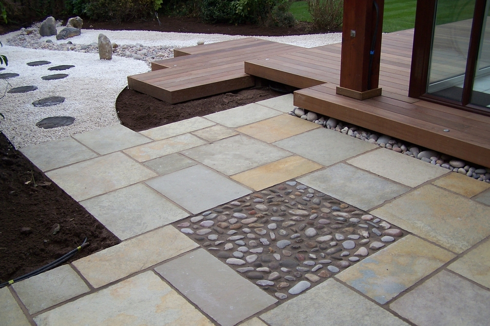Small Oriental Garden With Stone Paving - South Manchester