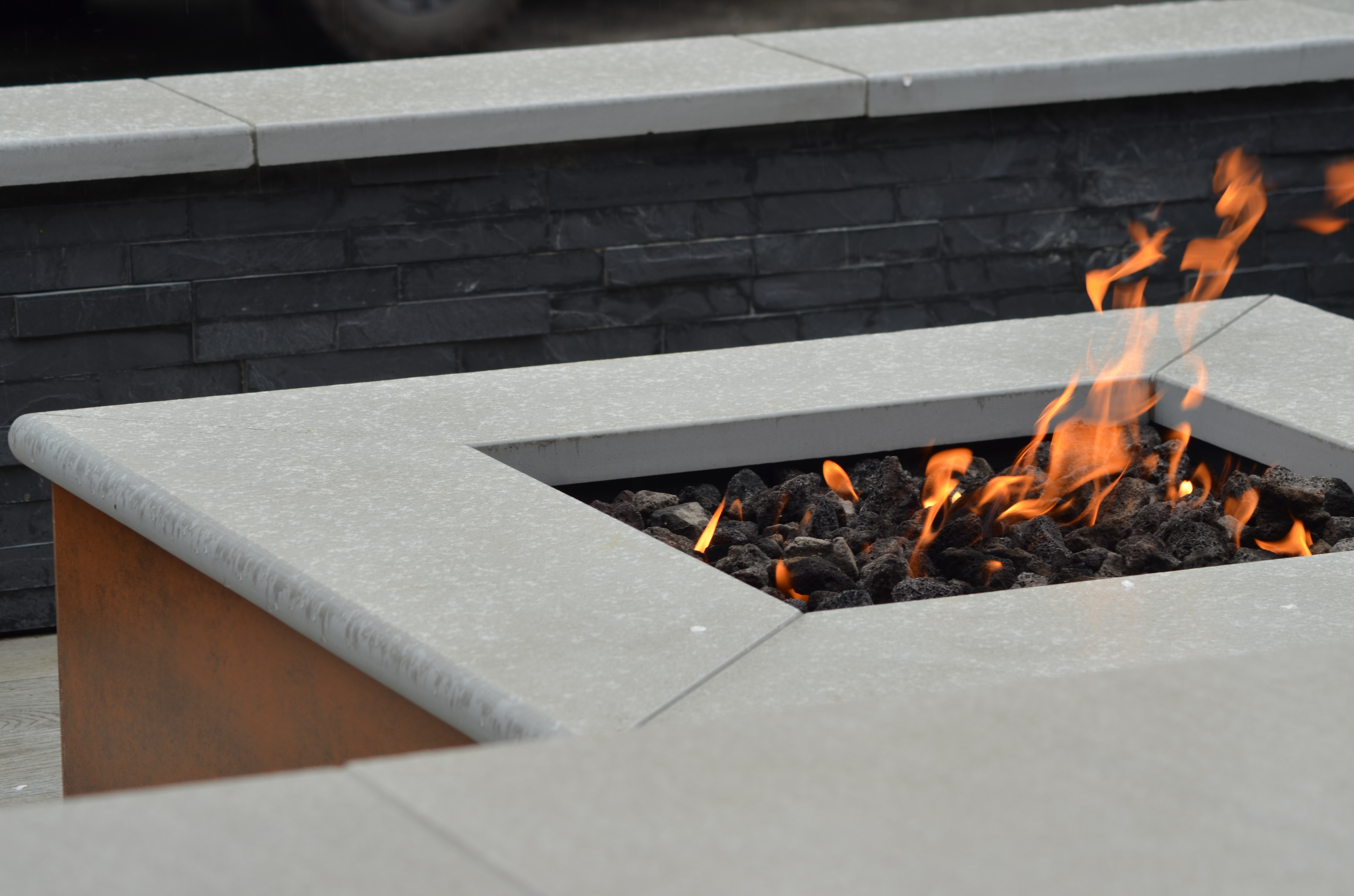 Stone paving fire pit