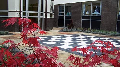 Countess of Chester Hospital's courtyard area