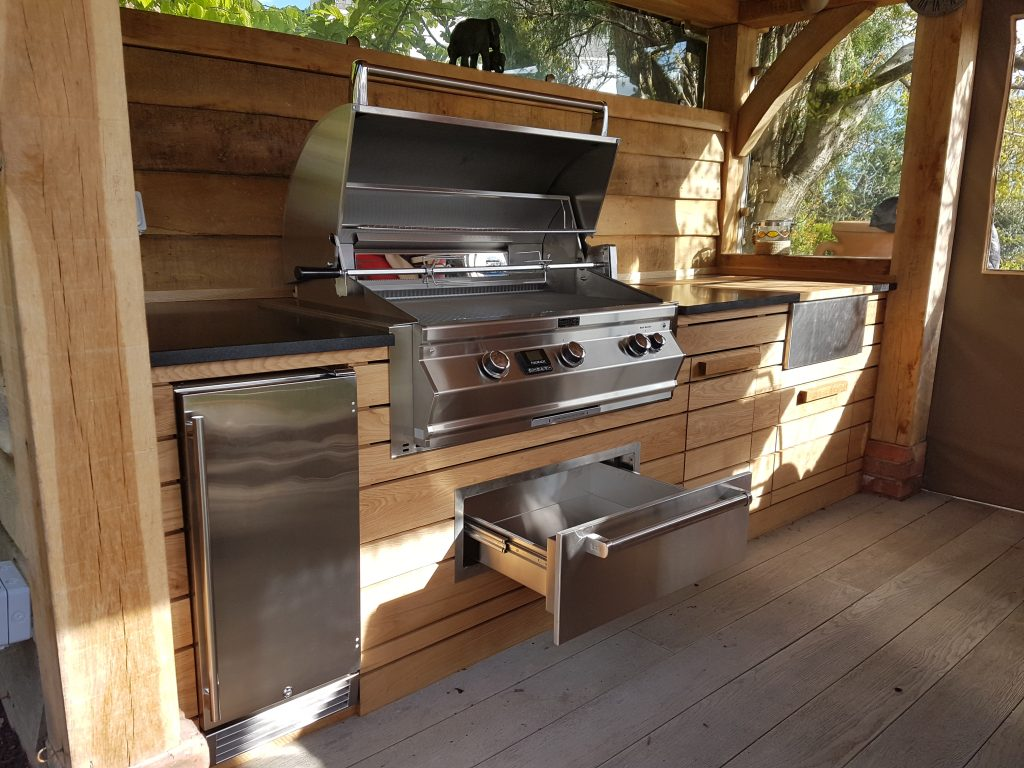 Outdoor cooking space